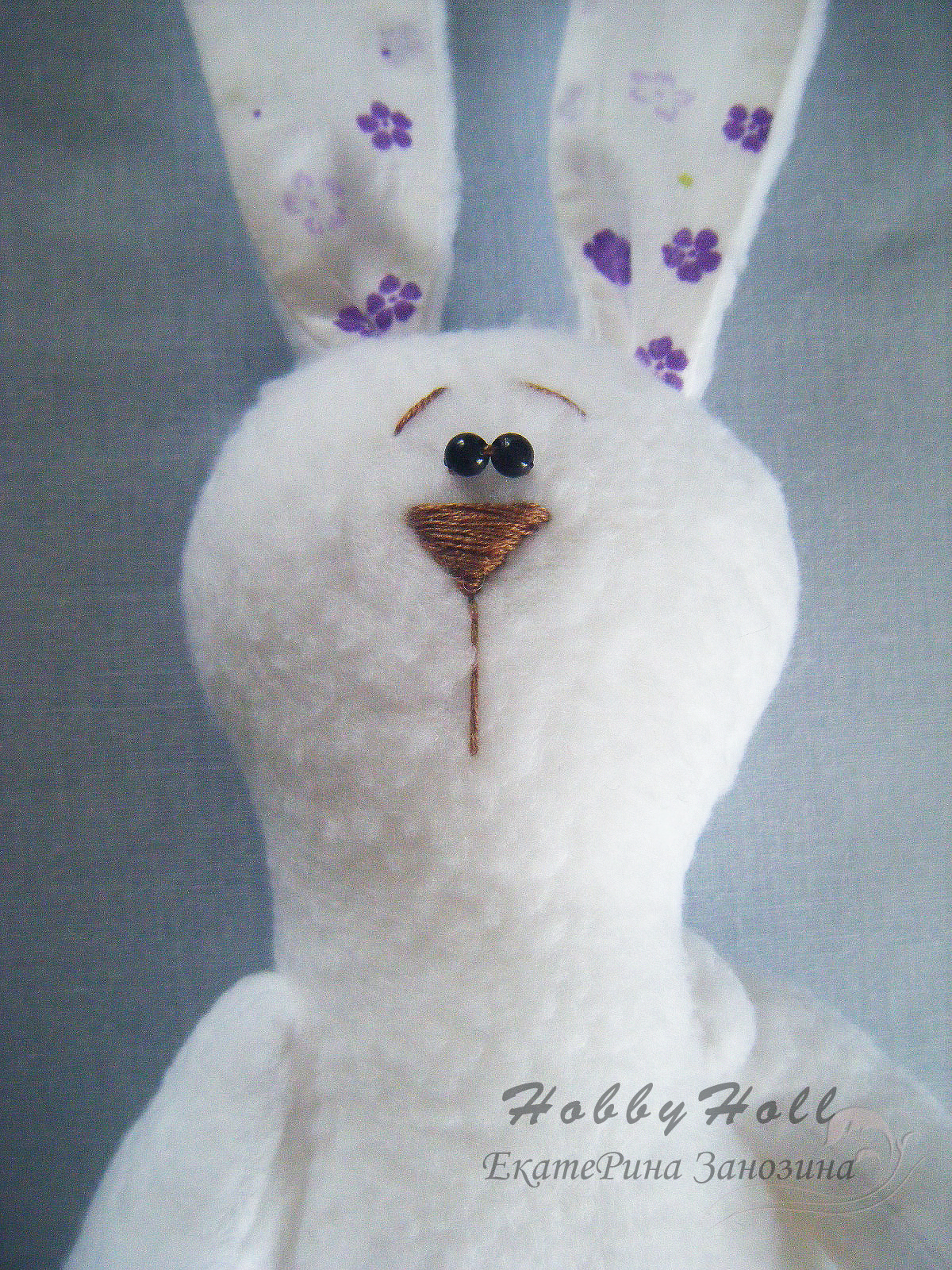 how to make an adorable felted bunny