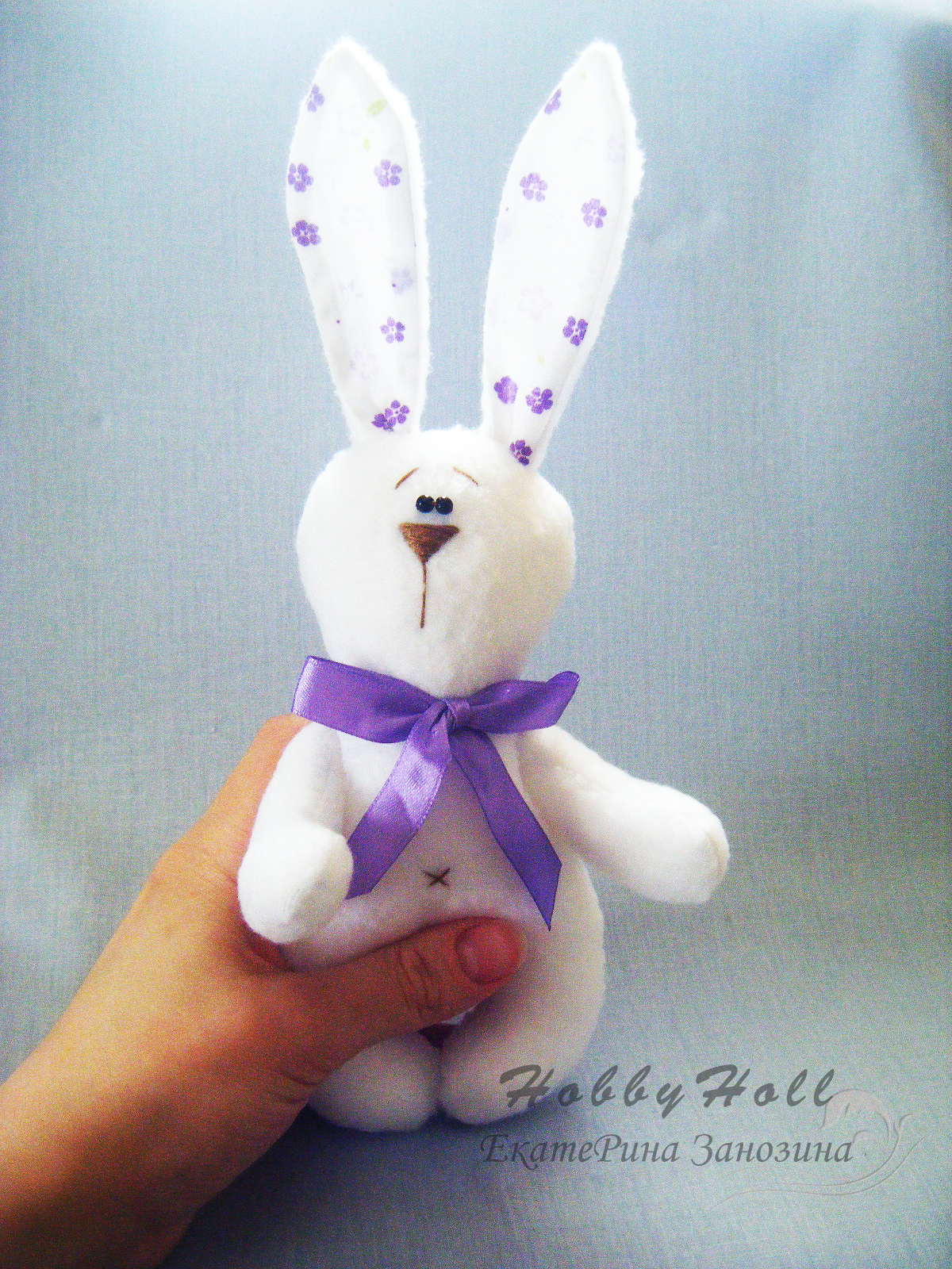 How-to-Make-an-Adorable-Felted-Bunny-13.jpg