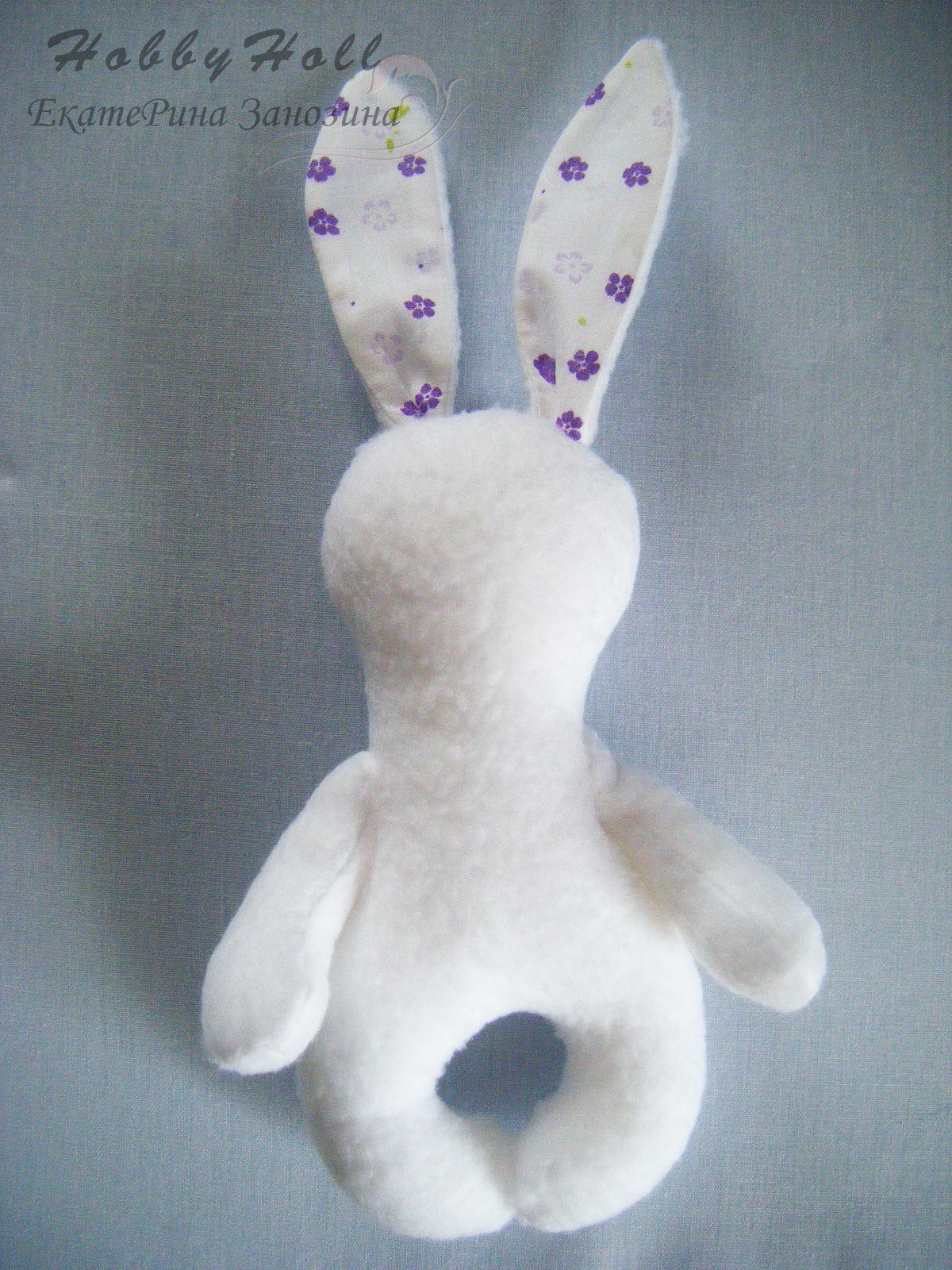 How-to-Make-an-Adorable-Felted-Bunny-8.jpg