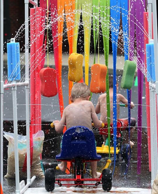 35+ Fun Activities for Kids to Do This Summer --> Kids Car Wash