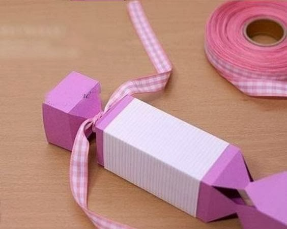 How-to-DIY-Candy-Shaped-Gift-Box-6.jpg