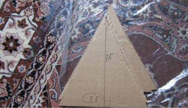 How-to-DIY-Easy-Cardboard-Cat-Tent-2.jpg