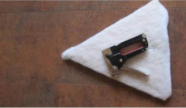 How-to-DIY-Easy-Cardboard-Cat-Tent-4.jpg
