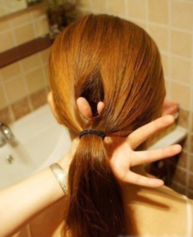 How-to-DIY-Easy-Twisted-Hair-Bun-Hairstyle-1.jpg