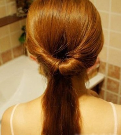 How-to-DIY-Easy-Twisted-Hair-Bun-Hairstyle-3.jpg
