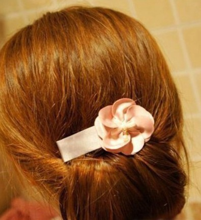 How-to-DIY-Easy-Twisted-Hair-Bun-Hairstyle-6.jpg