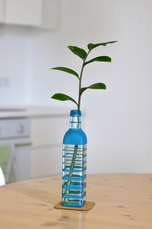 How-to-DIY-Nice-Vase-from-Recycled-Glass-Bottle-6.jpg