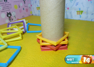 How-to-DIY-Pencil-Holder-from-Drinking-Straws-and-Toilet-Paper-Roll-5.jpg