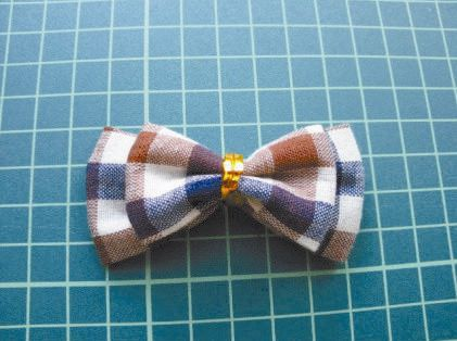 How-to-DIY-Pretty-Plaid-Bow-Hairpin-7.jpg