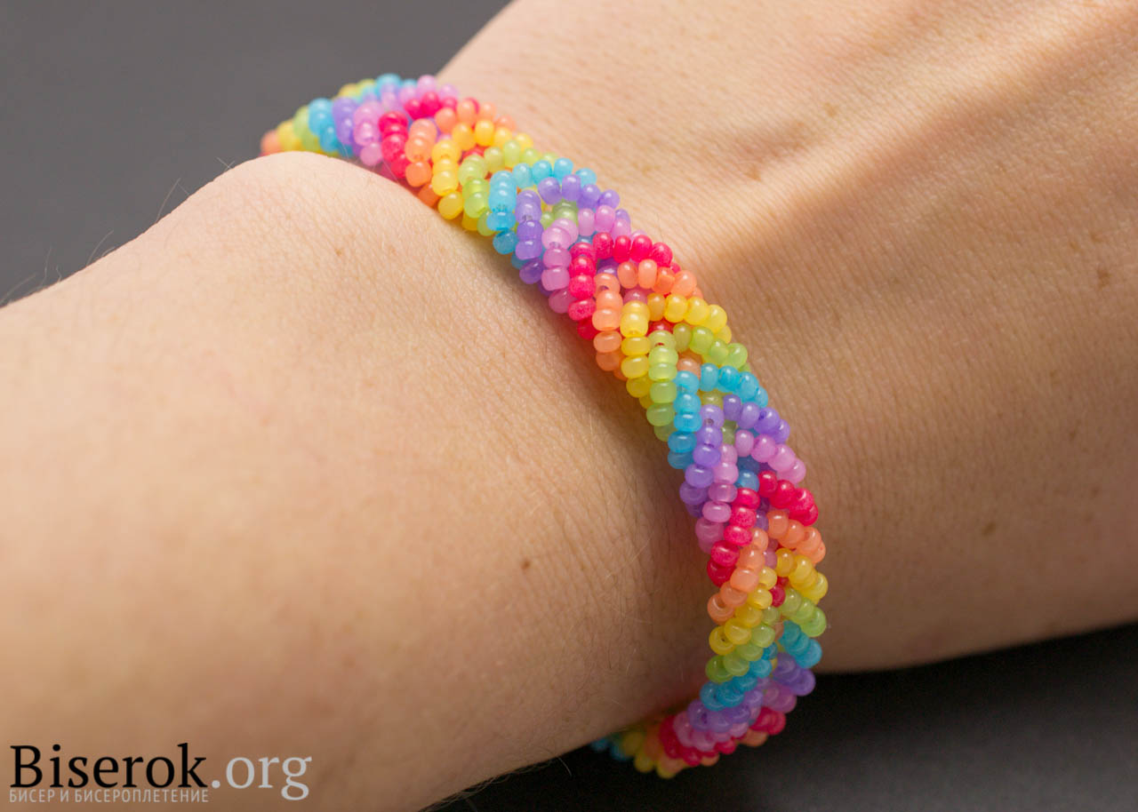 how to make bead woven bracelets