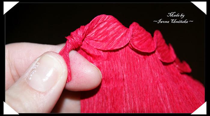 How-to-DIY-Unique-Crepe-Paper-Flower-13.jpg