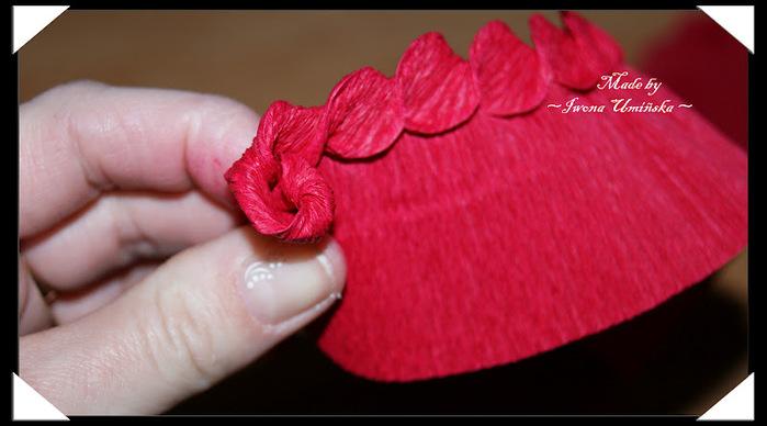 How-to-DIY-Unique-Crepe-Paper-Flower-16.jpg