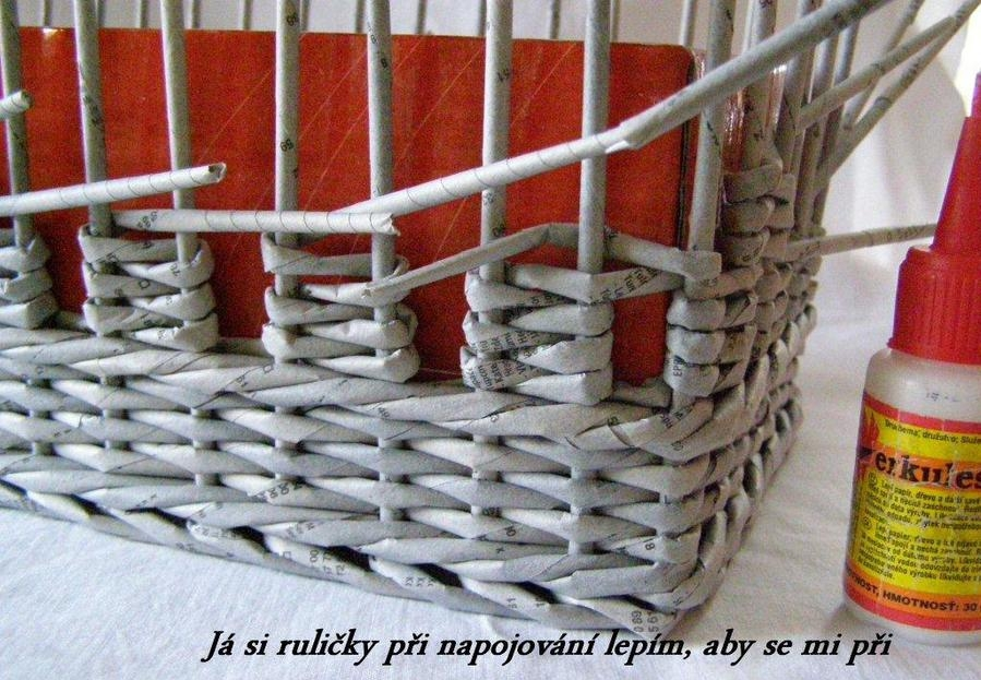 How-to-Weave-a-Unique-DIY-Storage-Basket-from-Old-Newspaper-10.jpg