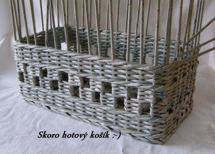 How To Weave A Basket Diy : How to weave a unique diy storage basket from old newspaper