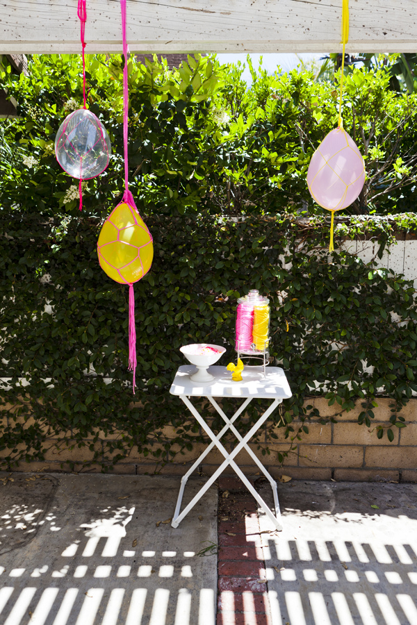 45+ Fun and Creative Ways to Use Balloons --> Macrame Balloons