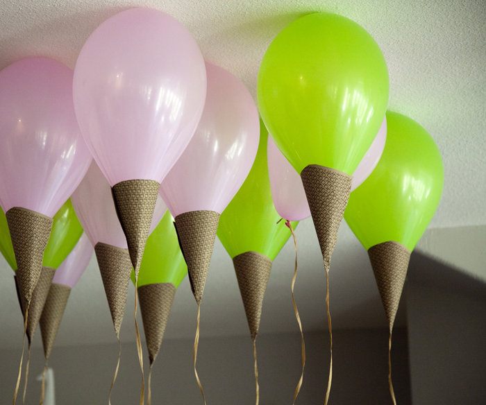 45+ Fun and Creative Ways to Use Balloons --> ICE CREAM CONE BALLOON
