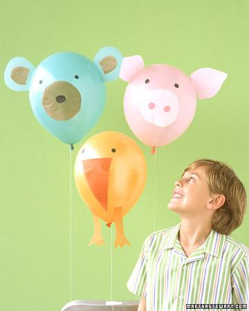 45+ Fun and Creative Ways to Use Balloons --> Balloon Animals