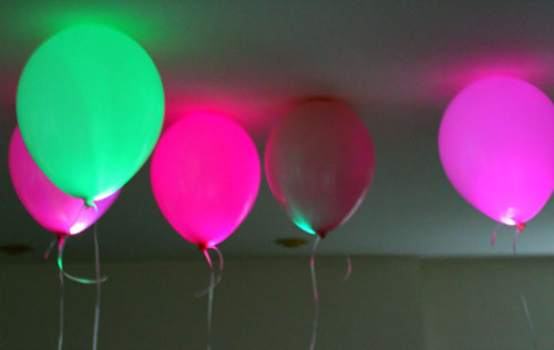 45+ Fun and Creative Ways to Use Balloons --> Light Up Your Party with LED Balloons
