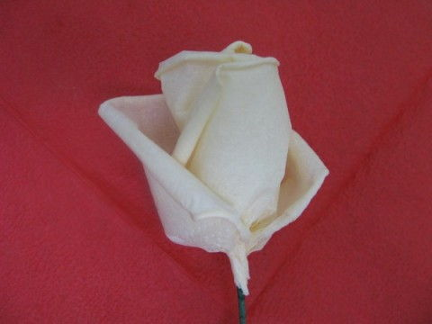 How to DIY Beautiful Crepe Paper Roses - photo#47