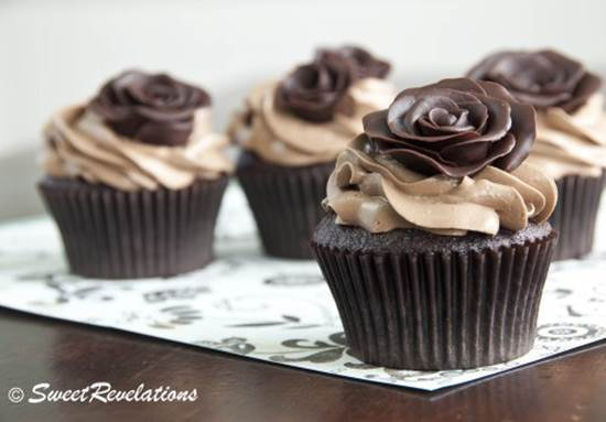 How to DIY Beautiful Modeling Chocolate Rose 1