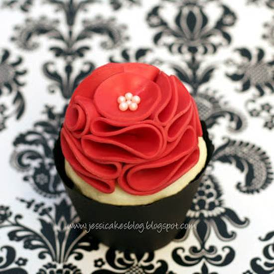 How to DIY Beautiful Modeling Chocolate Rose 5