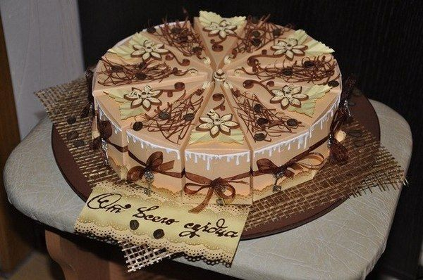 How-to-DIY-Creative-Cake-Shaped-Gift-Boxes-2.jpg