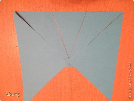 How-to-DIY-Pretty-Paper-Bow-for-Gift-Packing-4.jpg