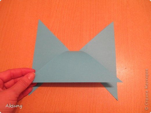 How-to-DIY-Pretty-Paper-Bow-for-Gift-Packing-5.jpg