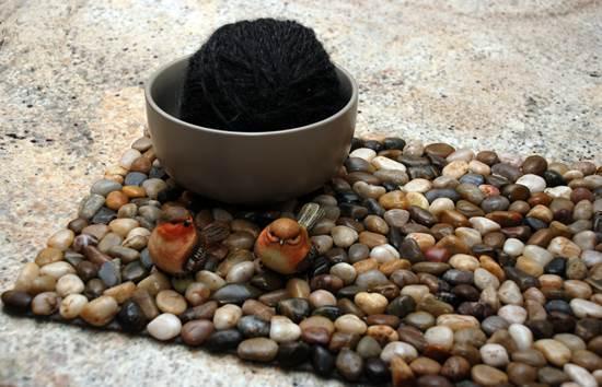 How to DIY Stone Floor Mat --> Pebble Mat