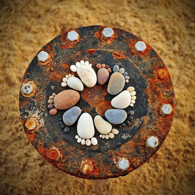 How-to-Make-Creative-Stone-Footprints-DIY-Ideas-4.jpg