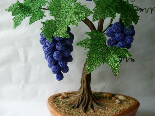 DIY Beautiful Beaded Grape Vine 10