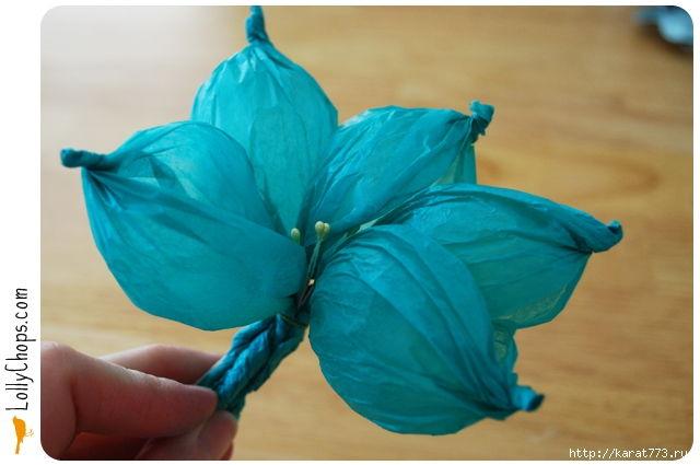 DIY Beautiful Tissue Paper Flower Using a Golf Ball 5