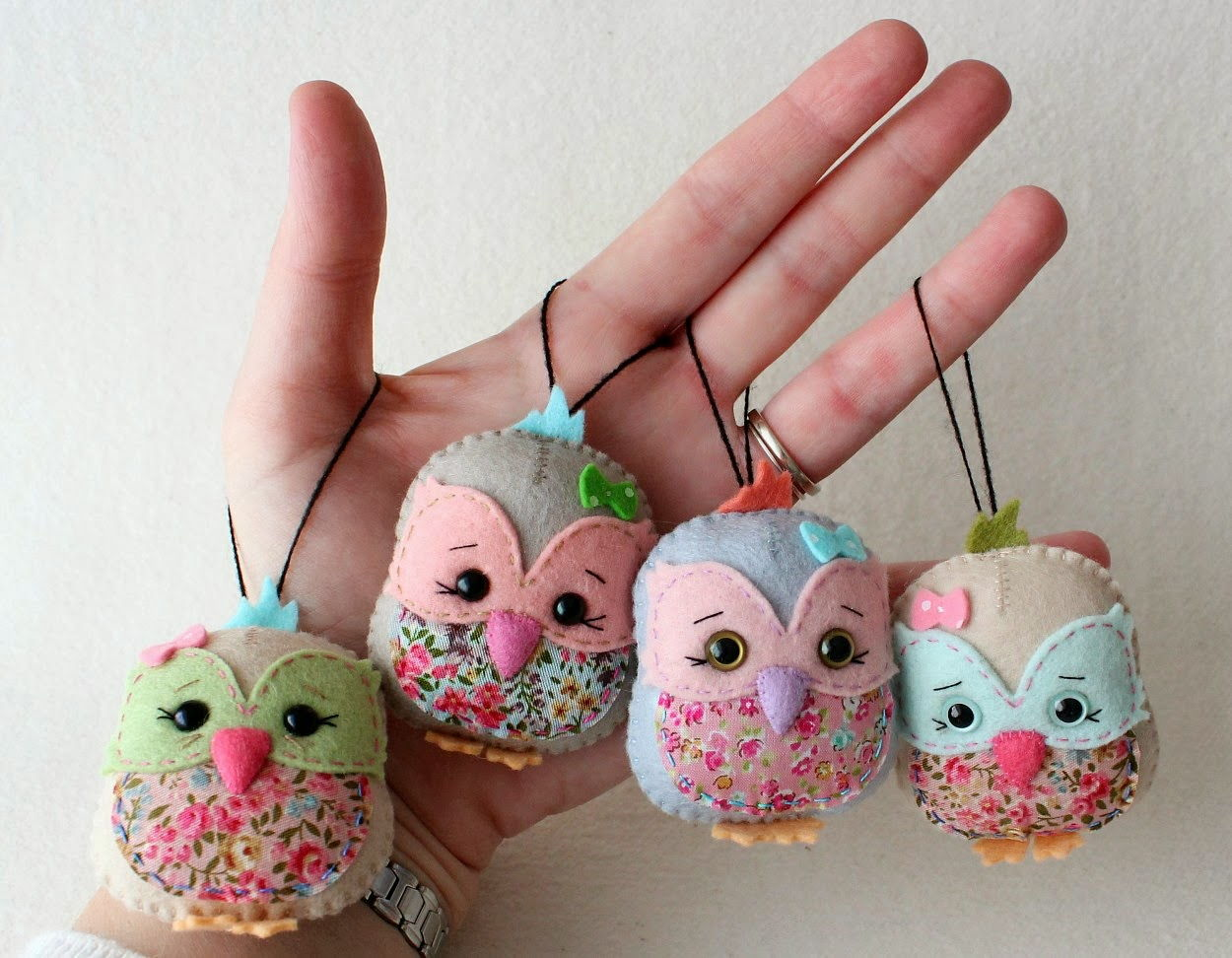 How to DIY Adorable Felted Owl thumb 2