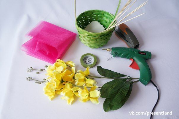 How to diy baby clothes flower bouquet how to diy baby clothes flower bouquet 2 negle Image collections