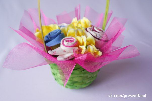 How to diy baby clothes flower bouquet how to diy baby clothes flower bouquet 8 negle Gallery