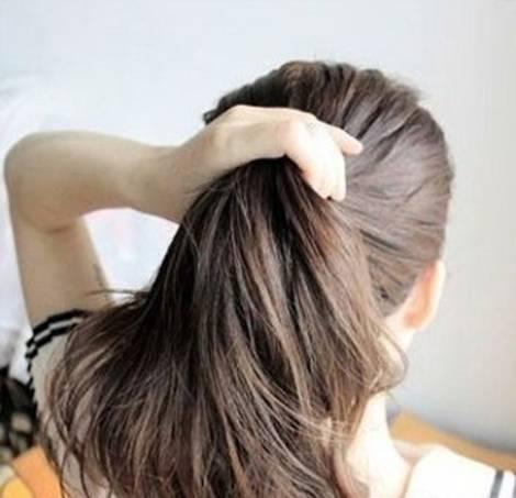 How-to-DIY-Easy-Bun-Hairstyle-Using-Chopstick-1.jpg