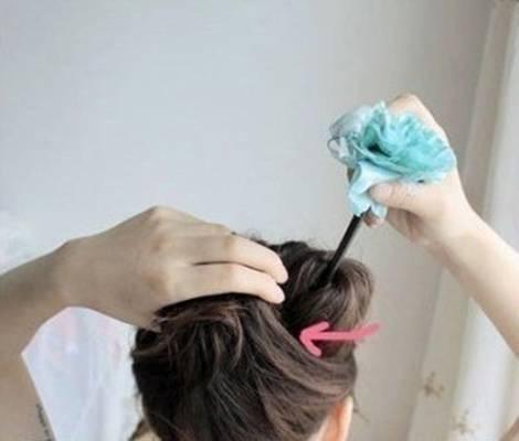 How-to-DIY-Easy-Bun-Hairstyle-Using-Chopstick-7.jpg