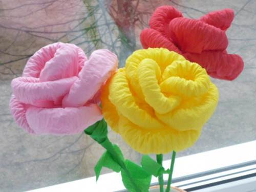 How to DIY Easy Napkin Paper Flowers 11