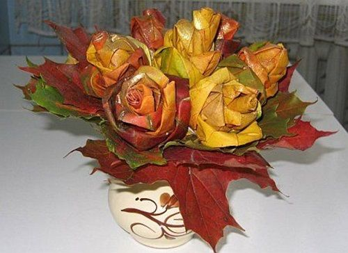Creative Ideas - DIY Maple Leaf Rose Bouquet 11