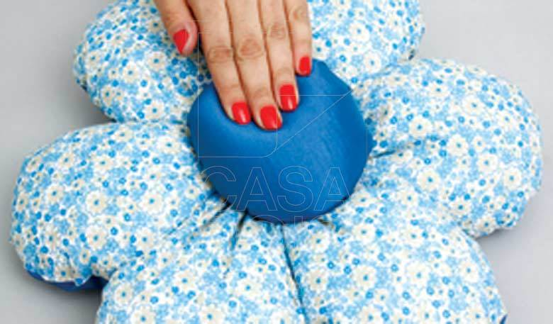 DIY Beautiful Flower Cushion Step 10