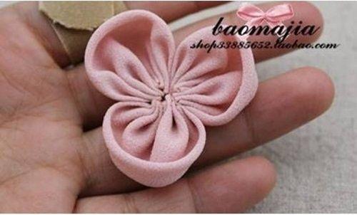 DIY Pretty Fabric Flower Hair Clip 5
