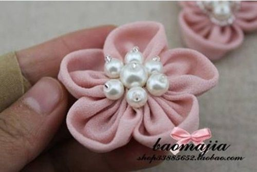 DIY Pretty Fabric Flower Hair Clip 9