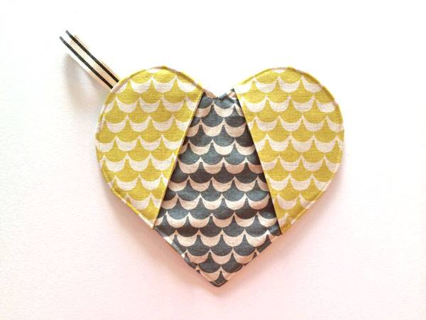 Heart-Shaped Potholder Tutorial with FREE Pattern
