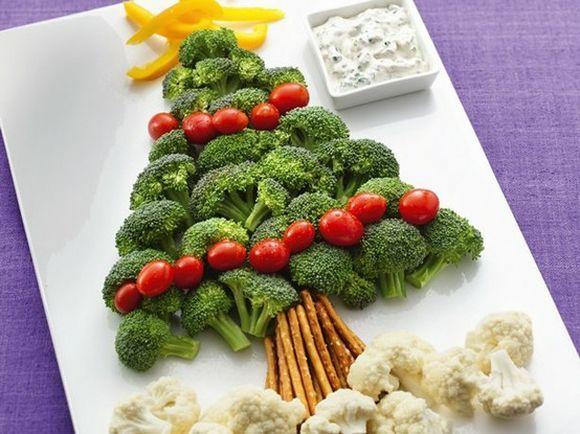 DIY Fruit And Vegetable Christmas Tree