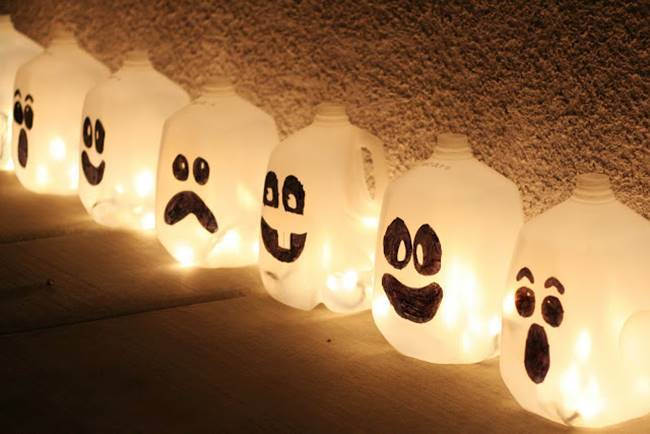 creative ideas diy halloween lanterns from recycled milk jugs - How To Make Halloween Lanterns