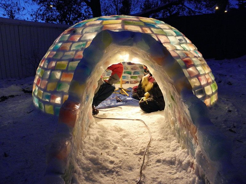 Creative Ideas - How to Build a Rainbow Igloo Using Milk Cartons 12