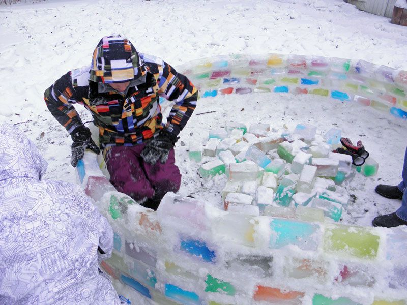 Creative Ideas - How to Build a Rainbow Igloo Using Milk Cartons 5