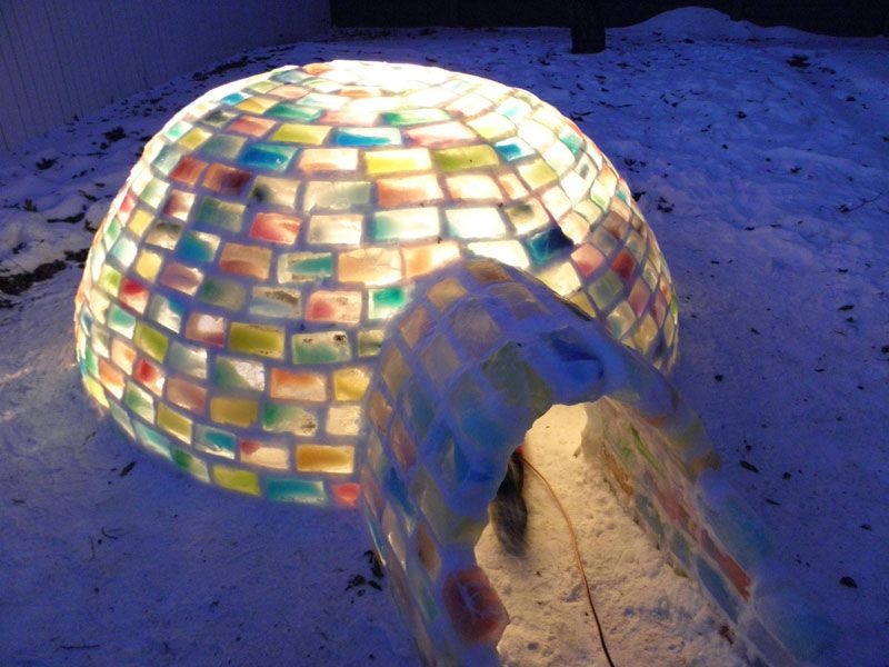 Creative Ideas - How to Build a Rainbow Igloo Using Milk Cartons 8