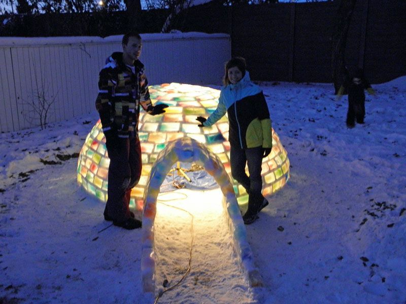 Creative Ideas - How to Build a Rainbow Igloo Using Milk Cartons 9
