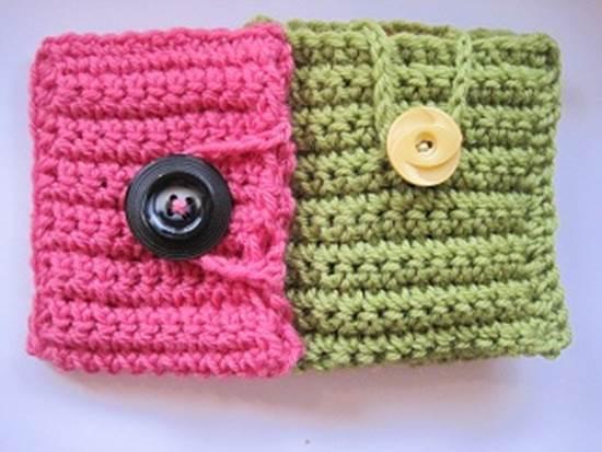 30 Stylish DIY Crochet Phone Cases --> Simple Cell Phone Case Crochet Pattern